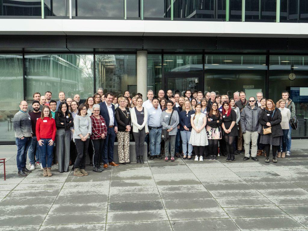 Die über 70 Teilnehmenden des 2. Vernetzungstreffens in Gießen an der THM.